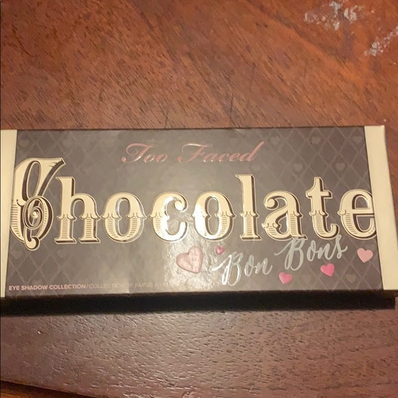 Too Faced Other - Too faced chocolate bon bon pallette